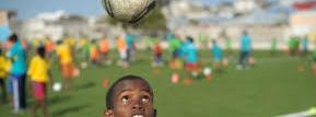L'entraînement selon les étapes d'apprentissage extrait de : football FIFA Le football des jeunes - Illustration
